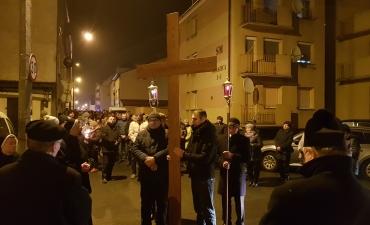 Droga Krzyżowa Ulicami Głogówka 2018_6