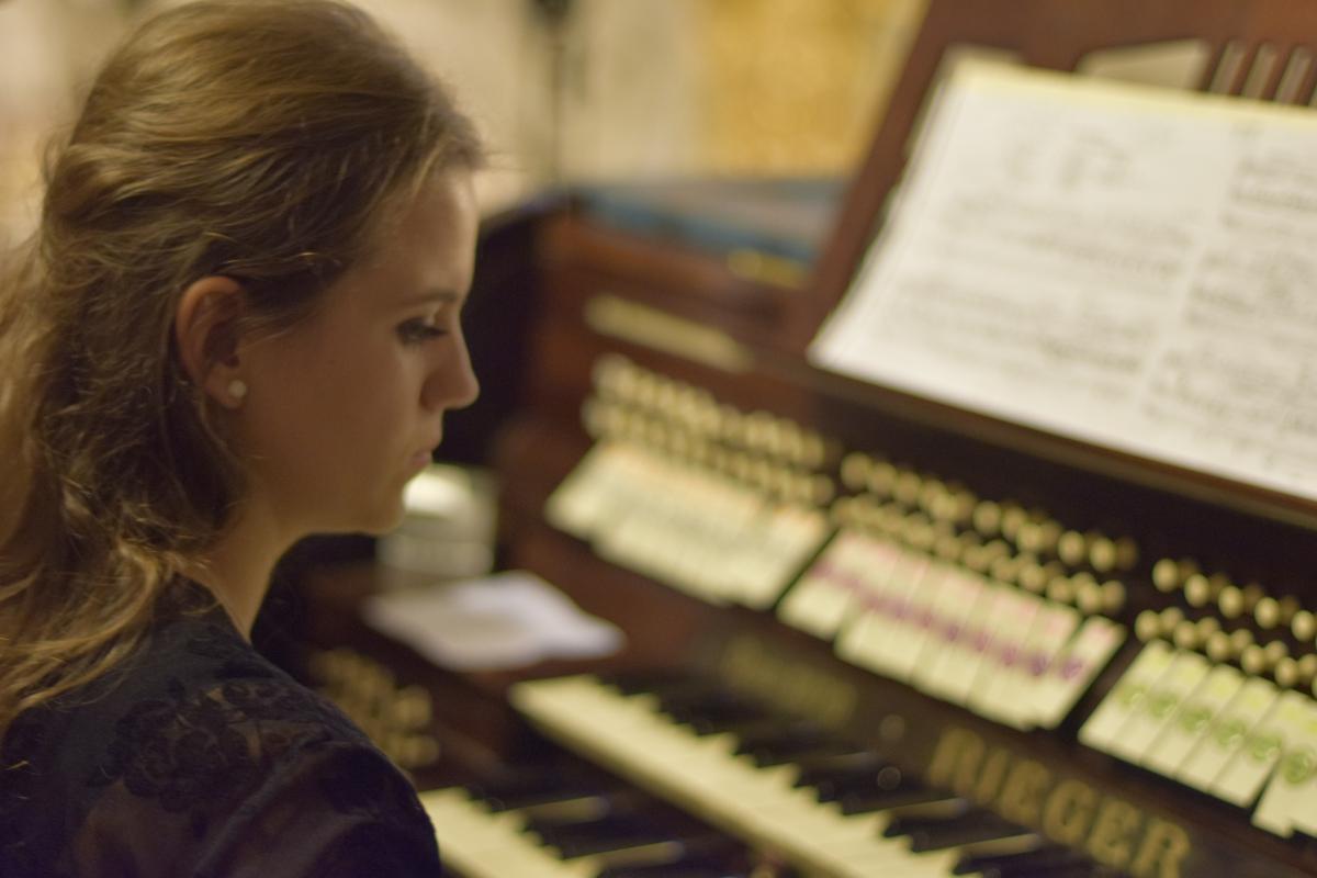 Koncert organowy Julianny Petzuch i rozdanie statuetek św. Bartłomieja_3