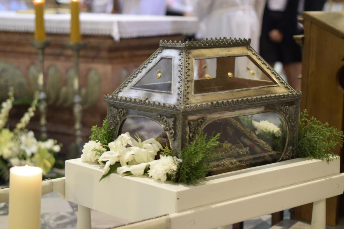 Procesja z relikwiami św. Kandydy_1